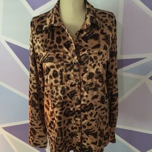 Forever 21 women's blouse silky leopard top